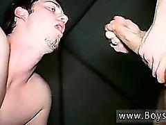Boy seks genç you porno piss tiksinti tuvalet twink Kaleb S