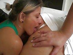 Lesbian Amazone riesigen Arsch Anbetung