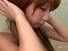 Asiático da menina colégio tesão dando a titjob hot na sala de aula
