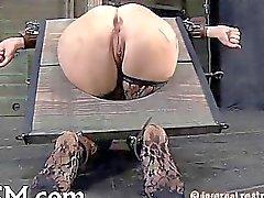 Degli schiavi e limitato bisogno pleasuring