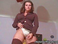 Menina morena incrível, com grande juggs part3