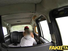 Gefälschte Taxi wenig rimming und Analsex