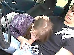 18yo fille serbe fait prendre dans véhicule