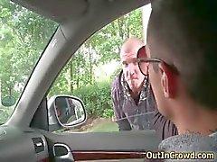 Despertado pedaço homo gay chupando tubo rígido