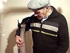 Папи ВУАЙЕРИСТ ГРОМКОСТИ двадцать-девять - Scene 1