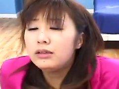 étudiant asiatique avec un cul doux baiser Doggystyle