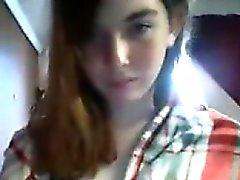 Rencontres redheaded ado écolière moque de sur webcam la plus