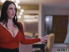 PURE TABOO Assistante virtuelle Angela White se fait baiser par un couple