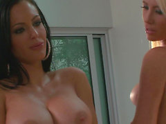 Luxury lady with large milk cans Tasha Reign and Jenna Presley hardcore 3some