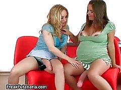 Preñadas juega morenaza de chicas_Language_Tools