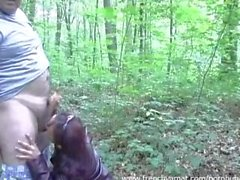 Blowjob in forest for french amateur girl