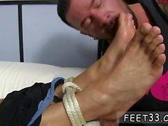 Chupar dedos de los pies películas hombres homosexuales pie de Dolf