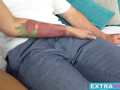 Bonito e sexy Liza Rowe recebe seu bichano apertado perfurado pela ex