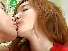 Cute Teen Asia penetrada muy duro
