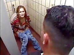 Slut Tedesco per lo riceve in WC