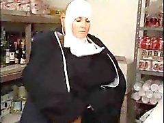 Dirty Old adam tarafından Üniforma Erotik fuck İtalyan Latina Nun