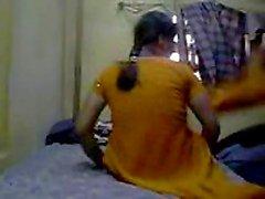 Intialainen tyttö seksiä