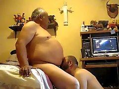 vanhempia miehiä videota 00,023 tuhatta