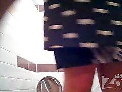 pissen in der WC 1.730
