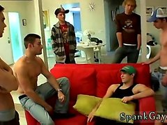 Xxx garçon porno gay jeune Un Gang Fessée Pour Ethan!