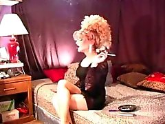 Sexy smoking tranny smoking 120's
