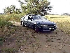 A avó quente começa fodido com o carro
