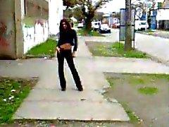 Teenager Трансвеститы пешеходной улицы