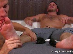 Jock ama senstation de sus pies lamió