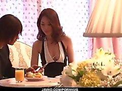 Ann Yabuki , esposa sexy começa fodida até a exaustão