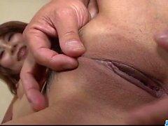 Ernsthafte Porno Show entlang vollbusige japanischen Yuki Aida