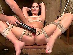 Bianca бризом получает киске vibed и трахнул дилдо