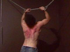 garçon puni en flagellation