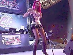 Coyote танцев Девушки 2 014 Бангкок Таиланд