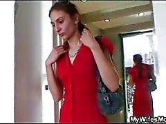 Vrouw winkels haar moeder bulten