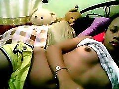 De l'étudiante Filipina montrer son corps la partie 3