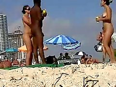 Nudisti al sole - Slurpies