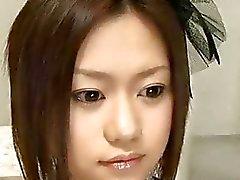 Modelo de AV japonesa