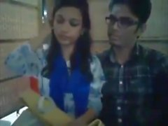 Bangladeshi Bf & GF im Restaurant 2-Full auf hotcamgirls. im