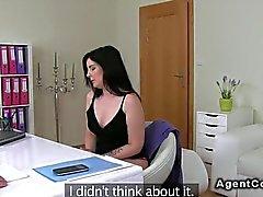 Belle Femmes Rondes amateur de astique bite le prépondérante
