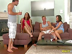 Madlin Moon and Lyen Parker liebe Sex-Partys