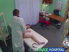 FakeHospital Petite Cevap emo kız hakkında pratik doctor darbe hale