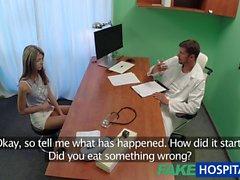 FakeHospital Utangaç ağız ve kedi tedavisi horoz tarafından tedavi Rus sevimli