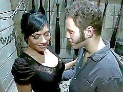 : - NÓS AMAMOS a degradar e humilhar Sissy - MEN : vídeo ukmike