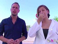Медсестра получает свою дозу DICK после ухода из больницы