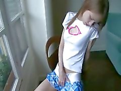 Beata cheerleader odottaa poikaystävänsä