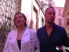 Медсестра получает ежедневную дозу DICK после ухода из больницы