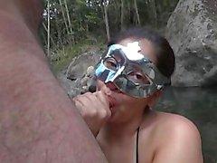 Penelope - Culiando en el rio 1