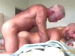 Sexig Trick Daddies Allen Silver och Adam Russo Knulla varandra i sängen