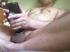 Смотря порно и трахал моего шумную игрушек Fleshlight воздействию интенсивного оргазму
