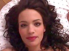 Nina Roberts aus Frankreich